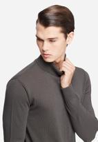 basicthread - Basic roll neck pullover