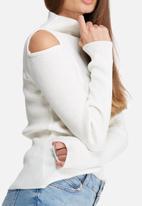 dailyfriday - Cold shoulder funnel neck knit
