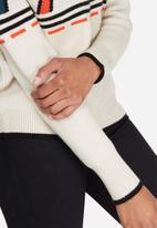 Vero Moda - Holst funnel neck sweater