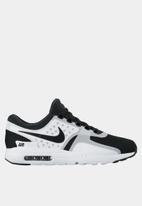 Nike - Air Max Zero ESS