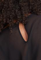 Vero Moda - Adela layer blouse