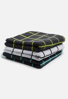 Sixth Floor - Grid bath towel