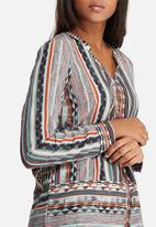 Vero Moda - Edna shirt