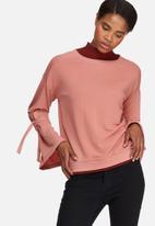 Vero Moda - Sleeve knot sweat