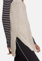 Vero Moda - Raven posh sleeveless knit