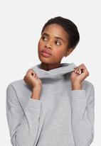 Vero Moda - Harper high neck top