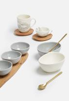 Love Milo - White bowl & gold spoon