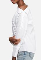 Vero Moda - Ailo off shoulder shirt