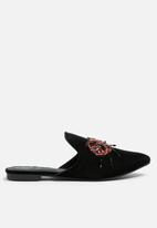 Missguided - Embroidered lady bug velvet mule