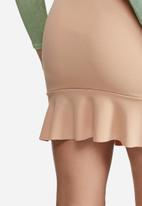 Missguided - Stretch crepe frill front mini skirt