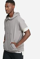 Only & Sons - Alfred short sleeve hoodie