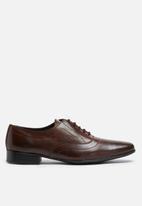 basicthread - Jonathan leather oxford