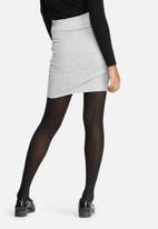 Vero Moda - Sachi tie skirt