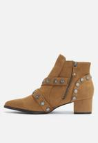 dailyfriday - Western embellished boot