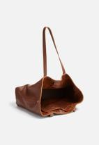 FSP Collection - Rozel leather tote without tassles