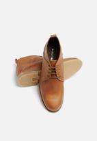 basicthread - Mpho leather boot