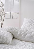Linen House - Riverbank duvet cover set