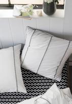 Linen House - Jerome duvet cover set