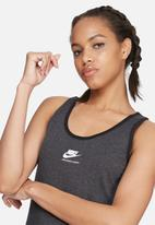 Nike - International tank