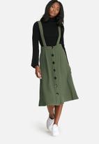 dailyfriday - Pinafore skirt