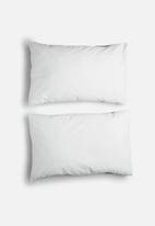 Sixth Floor - Reversible pillowcase set