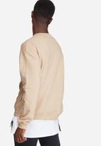 basicthread - Oversized drop shoulder pullover crew sweat