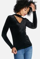 dailyfriday - Velvet l/s choker top