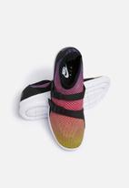 Nike - Air Sockracer Flyknit Prm