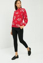 dailyfriday - Floral keyhole blouse