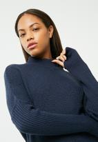 dailyfriday - Cacoon knitwear dress