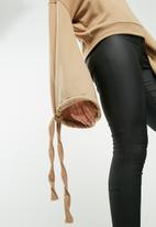 Missguided - Tie detail blouson sleeve sweat