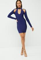 Missguided - Choker cut out shoulder bodycon dress