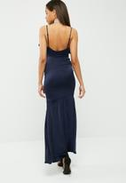 Missguided - Strappy frill detail maxi dress