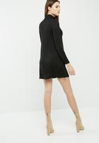dailyfriday - Cut & sew turtleneck swing dress