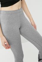 Nike - Leg a see leggings