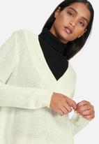 Jacqueline de Yong - Ryder v-neck dress