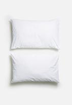 Sixth Floor - Polycotton pillowcase set - white