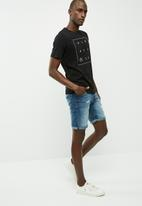 PRODUKT - Slim denim shorts