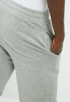PRODUKT - Basic sweat short