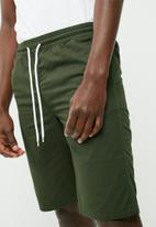 PRODUKT - Elasticated basic shorts