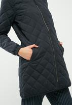 Jacqueline de Yong - New treasure quilted long jacket