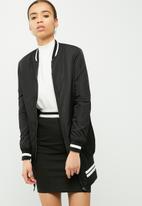 Jacqueline de Yong - Rouge bomber jacket