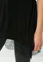 Vero Moda - Riley lace top