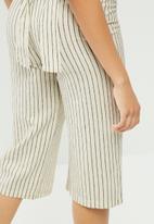 VILA - Plane new striped culotte