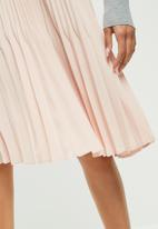 Vero Moda - Luna pleated midi skirt