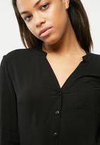 Vero Moda - Sue Ella shirt
