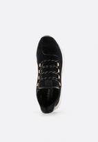 adidas Originals - Tubular Shadow Crafted