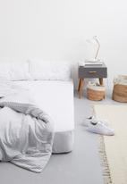 Sixth Floor - Polycotton flat sheet