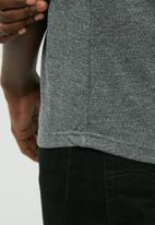 basicthread - Plain raglan tee