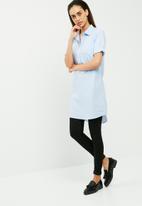 Jacqueline de Yong - Mio long shirt